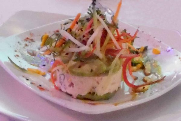 Aguacate y queso freco